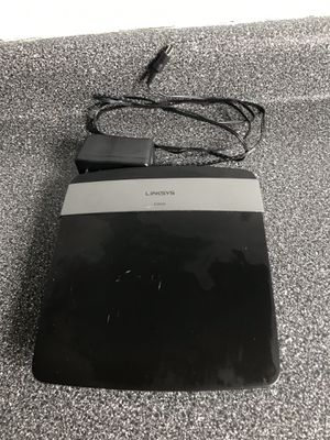 Linksys E2500 Wireless Router for Sale in Clinton Township, MI