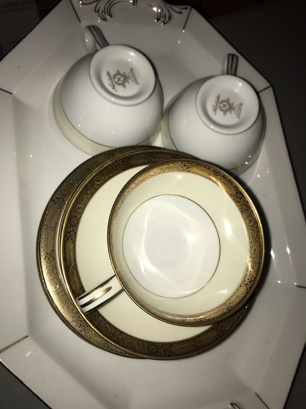 NORITAKE Goldkin Japan Set 3 cups w/ saucers and plates. Fine china.