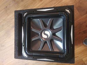 Kicker l7 and amp 600watt for Sale in Sacramento, CA