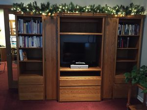 Beautiful Solid Oak Custom Built 9' Wide for Sale in North Plains, OR