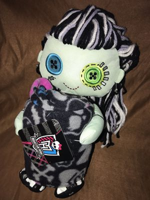 Monster High Stuffed Doll W/Blanket - New with tag for Sale in Ashburn, VA