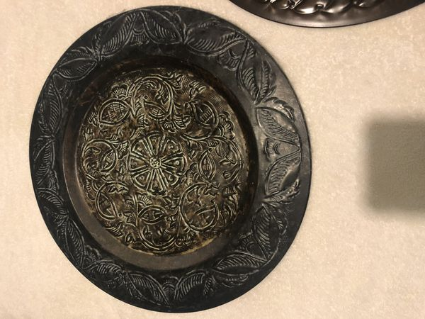 Large metal decorative plates