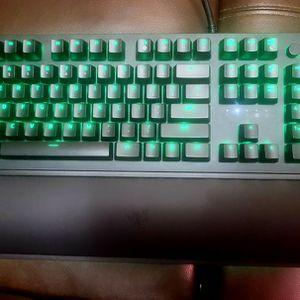 Razer Huntsman Elite RGB Mechanical Keyboard for Sale in Sacramento, CA