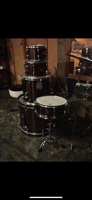 5 piece Gretsch Drumset for Sale in Saint Robert, MO