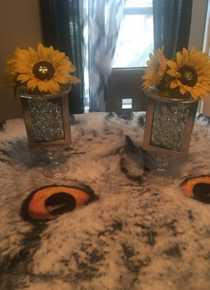 Table decorations sunflowers for Sale in Clearwater, FL