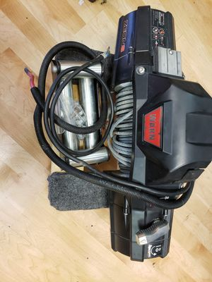 Winch - Warn Zeon 8 for Sale in Yorkville, IL