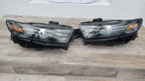 Headlights Ford sho 2015 for Sale in Miami, FL