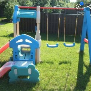 Little Tikes Clubhouse Swing Set for Sale in San Diego, CA