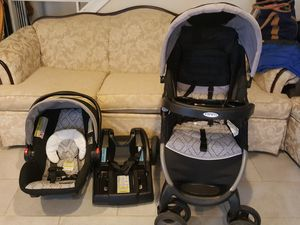 Gracco stroller and car seat for Sale in Oxon Hill, MD