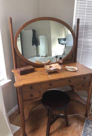 Vintage vanity for Sale in Alexandria, VA