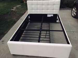 Full Size Bed-frame with twin trundle for Sale in Los Alamitos, CA