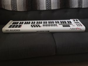 Axiom pro 61 for Sale in Seattle, WA