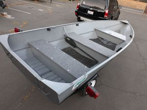 14ft Gregor Welded Aluminum Boat & Trailer for Sale in Pleasanton, CA