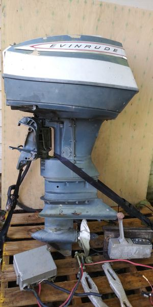 90 up Evinrude motor is 100 % complete for Sale in Charlotte, TN