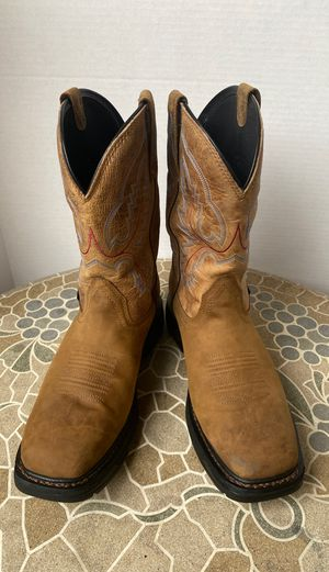 ARIAT BOOTS SOFT TOE WATERPROOF SIZE 10.5 MEN'S for Sale in Montebello, CA