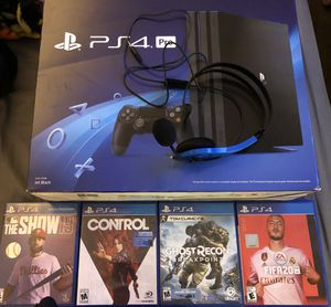 PS4 PRO $330 for Sale in Las Vegas, NV