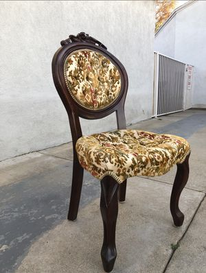 Antique Chair for Sale in Whittier, CA