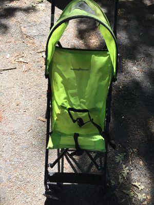 Baby trends green umbrella stroller for Sale in Richmond, VA