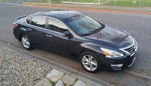 2013 Nissan Altima ( LEATHER SEATS, EXCELLENT CONDITION ) for Sale in Napa, CA
