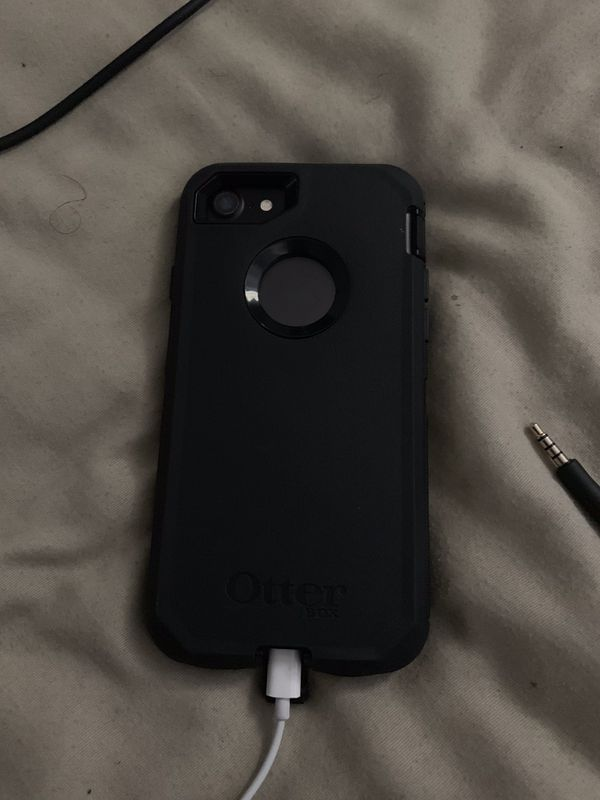 iPhone 7 (Perfect Condition)