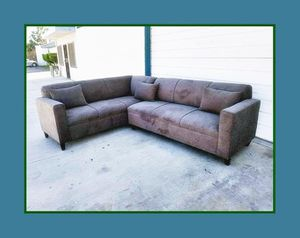 """new 7x9 ft """"Annapolis granite"""" sectional couches for Sale in Los Angeles, CA"""