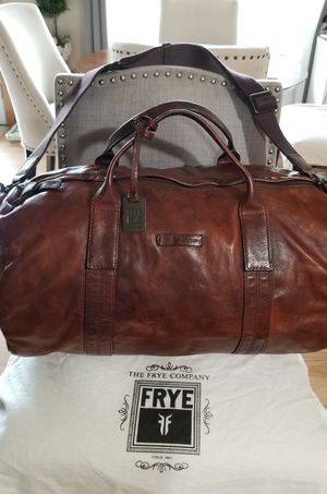 "FRYE overnight duffle bag saddle brown 10.5""H x 6.5""D x 20""W for Sale in Tacoma, WA"