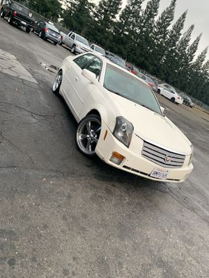 Cadillac CTS 04 for Sale in Fresno, CA