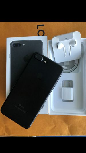 IPhone 7 plus T-Mobile metro pcs simple mobile great condition for Sale in Fort Lauderdale, FL