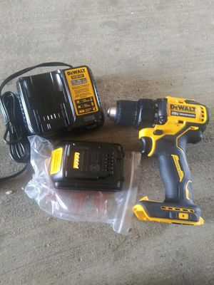 Dewalt 20 v Atomic drill for Sale in Dallas, TX