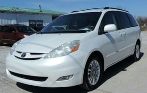 2008 Toyota Sienna XLE Limited 4dr Mini-Van for Sale in Circleville, OH