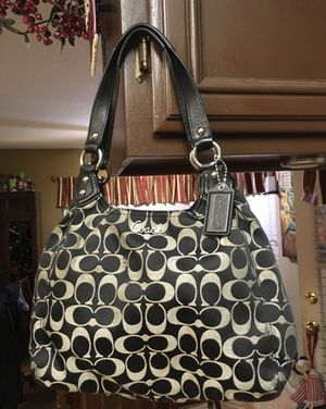 Coach purse for Sale in Murrieta, CA