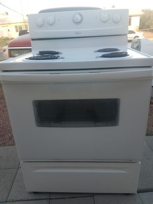 Whirlpool electric stove for Sale in North Las Vegas, NV