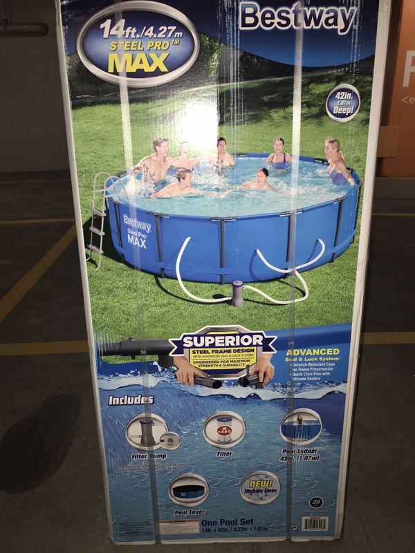 Brand new in box Bestway pool 14'x42''deep