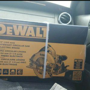 "Dewalt 7-1/4"" Lightweight Circular Saw for Sale in Henderson, NV"