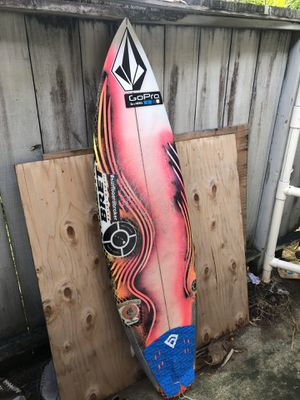 *Epic* Kalani Chapman Surfboard 🏄🏽‍♂️Dimensions= 5'10// 18.88// 2.50 for Sale in Kaneohe, HI