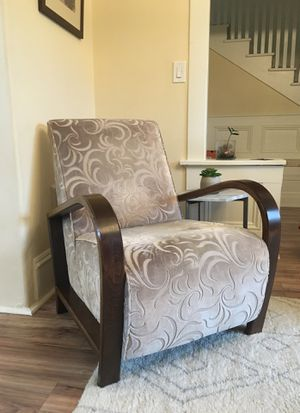 Comfortable Chair for Sale in Seattle, WA