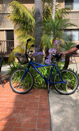 Men's Cannondale Delta V500 21 Speed Mountain bike converted to beach cruiser for Sale in San Diego, CA