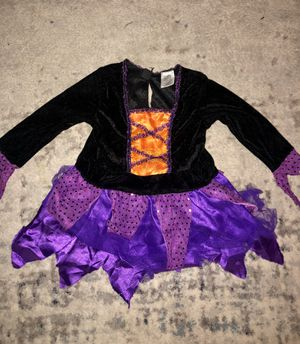 Baby girls Toddler size small nice velvet witch Halloween costume for Sale in Phoenix, AZ