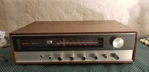 Vintage Allied Model 325 AM-FM Stereo Receiver for Sale in St. Louis, MO