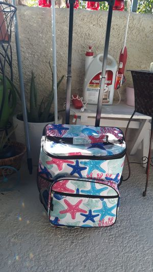 Rolling portable cooler for Sale in Henderson, NV