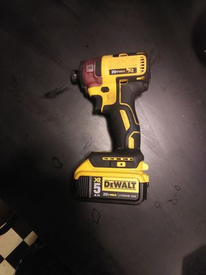 DEWALTXR 20-Volt Max 1/4-Inch Variable Speed Brushless Cordless Impact Driver W/ 5.0AH Li-Ion XR Battery for Sale in Graham, WA