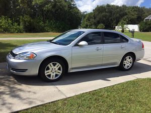 2012 Chevy impala LT for Sale in Englewood, FL