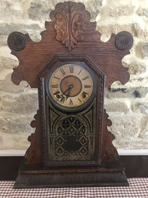 Antique Clock for Sale in Woodbine, MD