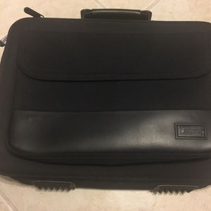 Targus Laptop Carrying Case for Sale in Fort Lauderdale, FL