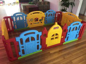 Dwinguler Castle Kids Playpen for Sale in Miami, FL