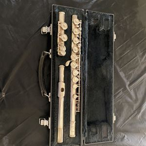 Yamaha Silver Plated Flute for Sale in Phoenix, AZ