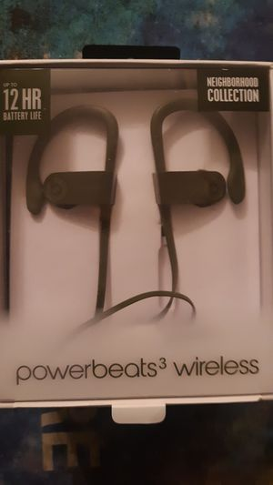Power beats 3 for Sale in Tacoma, WA