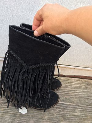 Women's leather fringe boots for Sale in Columbia, TN