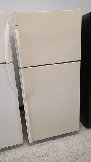 Kenmore top freezer refrigerator used good condition with 90 days warranty for Sale in Silver Spring, MD