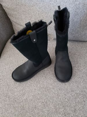 Brand new ugg girl size 1 boots for Sale in Nampa, ID